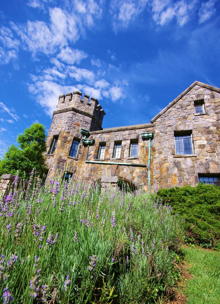 Weddings in a castle in Asheville, NC!