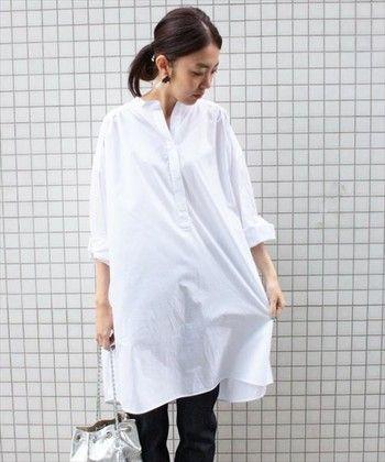 被るだけの簡単コーデで楽チンな休日スタイル☆30代アラサー女性のスキッパーシャツのコーデ♡