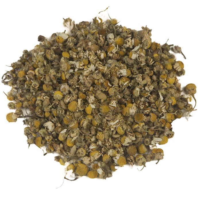 KAMILLE | Voor deze melange worden uitsluitend kwaliteitsproducten gekozen uit Europese teelt. De kruidige, krachtige thee bevat kamillebloemen, die het grootste gedeelte van de smaak bepalen. Bijzonder aromatisch van smaak - deze thee past eigenlijk bij elk moment van de dag. |