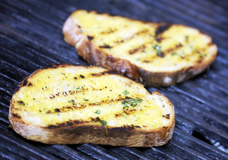 Pear Tree Cafe's Famous Garlic Bread