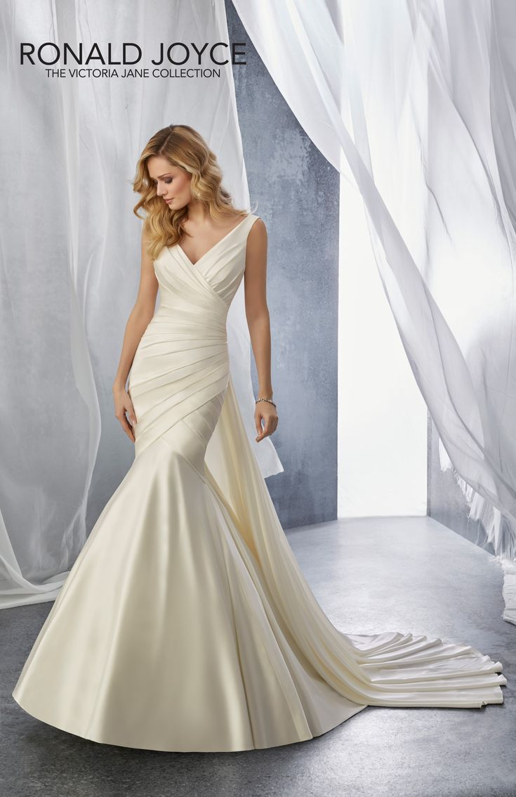 25 best ideas about ronald joyce on pinterest ronald for Ronald joyce wedding dresses prices