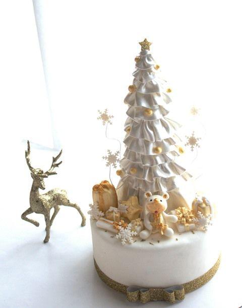 Tutorial per realizzare un candido albero di Natale - Cake