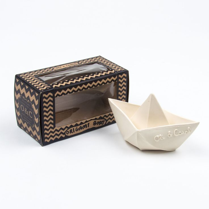 Oli & Carol weißes Origami Boot Spielzeug aus 100 % Naturkautschuk – zum Spielen, Beißen und für die Badewanne