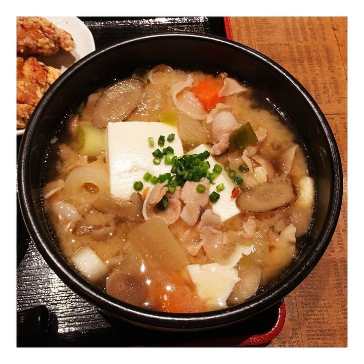 "A huge ""pork miso soup!"" どでかい豚汁  #スピリチュアル #spirituality #spiritual #spirituallife #hotel #ホテル #ホテル暮らし #王子様 #王子 #王子さま #音楽 #music #singer #concert #classic #クラシック #piano #ピアノ #モデル #model #cafe #café #カフェ #photographer #poet"