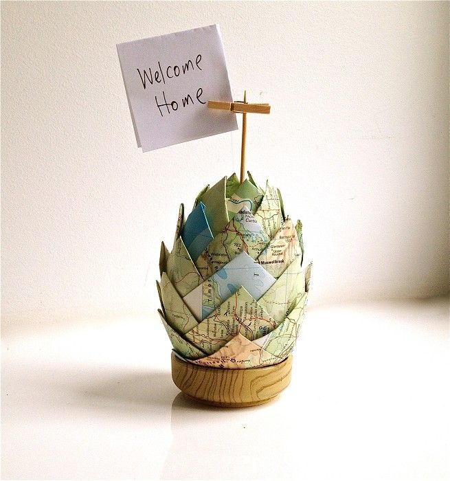 Upcycled Paper Book Decoration  -  place setting photo holder egg pinecone: Craft, Decoration Map, Place Setting, Maps, Photo Holders, Handmade, Egg, Upcycled Paper, Paper Decorations