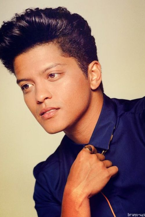 """Bruno Mars - """"Just The Way You Are"""" my daughters song :)"""