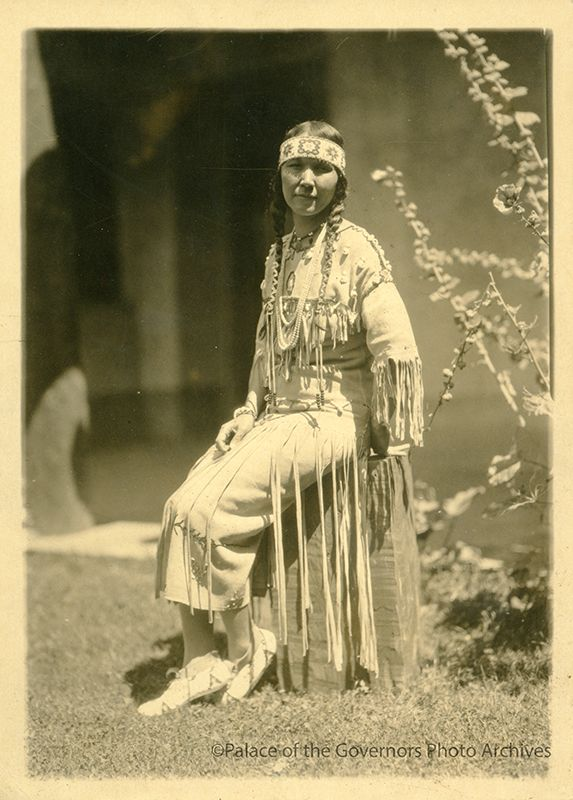 Tsianina Blackstone, Cherokee singer, on patio of Fine Arts Museum during Santa Fe Fiesta August 2-8, 1925, Santa Fe, New Mexico Date: 1925Negative Number 011239