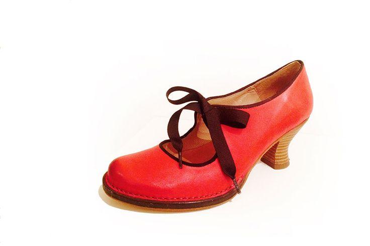 Collezione Scarpe primavera estate di Colpo di Tacco Guarda l'ultima collezione scarpe primavera estate del negozio Colpo di Tacco e vieni a trovarci allo Showroom in via del Boschetto a Roma, al Rione Monti