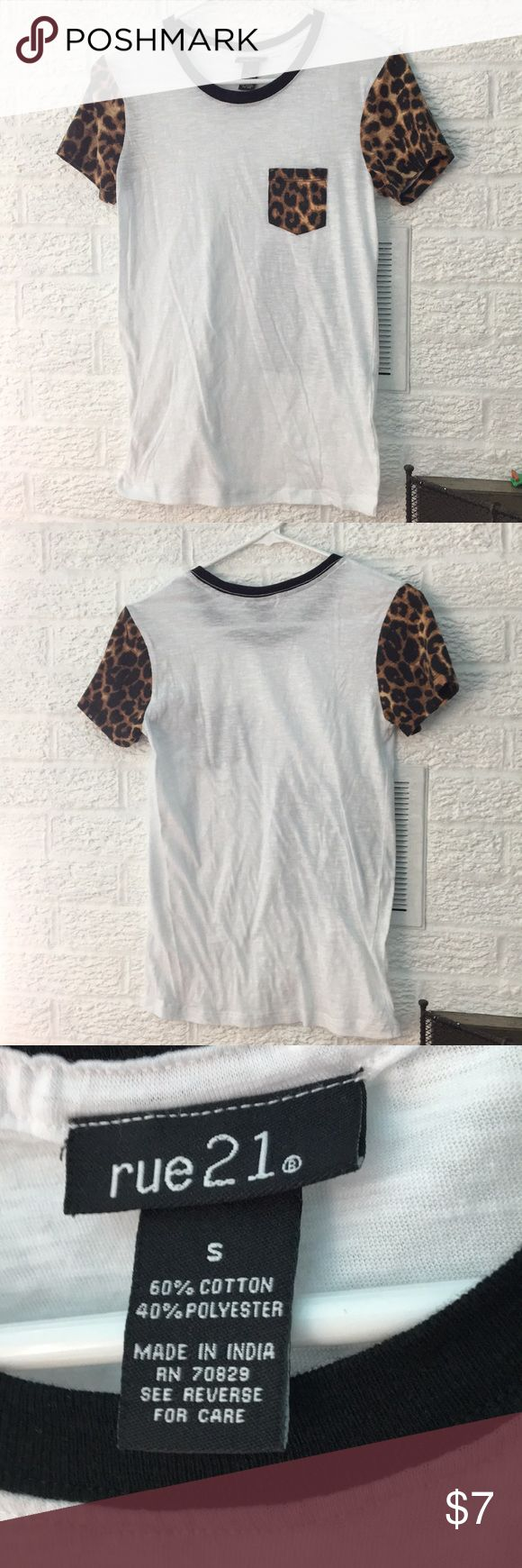Rue 21 animal print tee Leopard print tee shirt with short sleeves. Great condition. Rue 21 Tops Tees - Short Sleeve