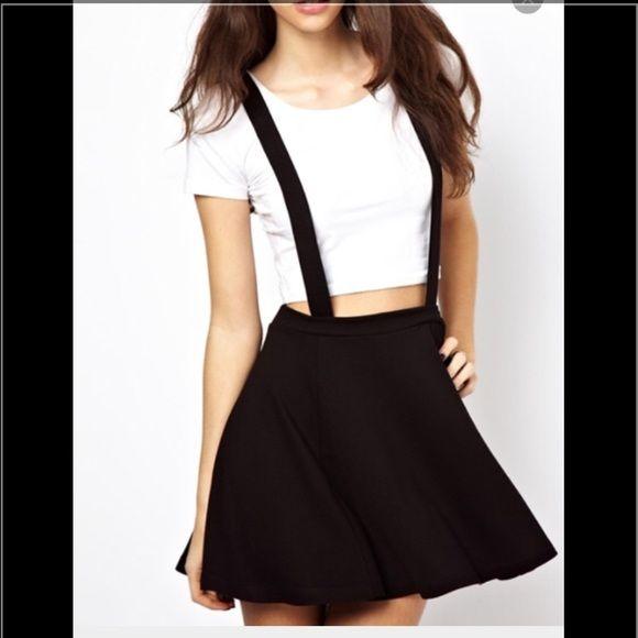 Cute suspender skater skirt adorable skater suspender skirt. Previously loves ❤️ ask me about cheaper shipping Forever 21 Skirts Circle & Skater