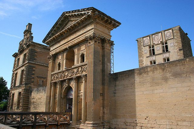 Château de La Tour d'Aigues © Pixoeil