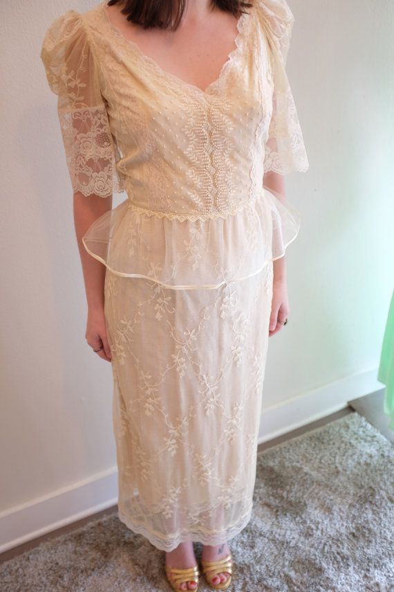 1970's Pat Kerr Original Wedding Dress di LittleLunaShop su Etsy