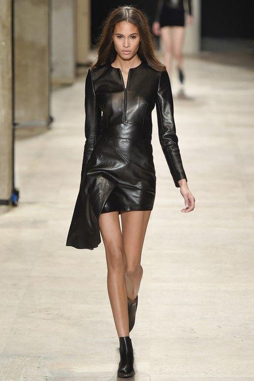 Картинки по запросу кожаные платья тренд 2019