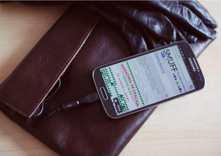 """10 idei de cadouri pentru ea de Ziua Îndrăgostiților . [lightbox full=""""http://www.gadget-review.ro/wp-content/uploads/2015/02/10-idei-de-cadouri-pentru-ea-de-Ziua-Îndrăgostiților.jpg"""" title=""""10 idei de ... http://www.gadget-review.ro/10-idei-de-cadouri-pentru-ea-de-ziua-indragostitilor/"""