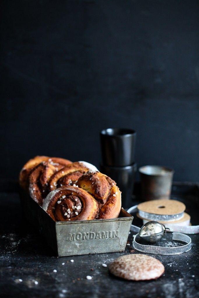 Lebkuchen gefüllte Zimtschnecken / traditional german gingerbread filled cinnamon buns / www.Zuckerzimtundliebe.de