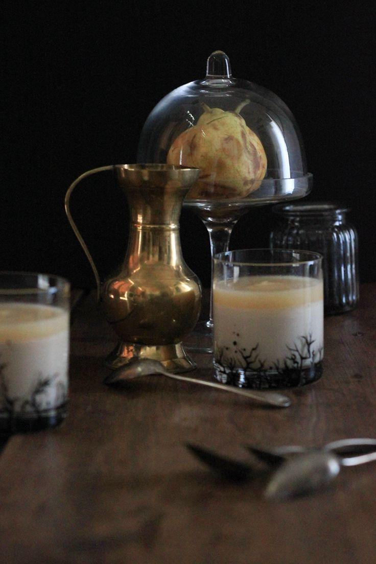 RECETTE Panna cotta Blue Velvet et son coulis de poire #pannacotta #thé #poire #coulis #tea #pear #food #photography #foodphotography