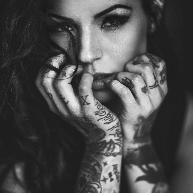 *simple* by g fotografie - Photo 147097571 - 500px.  #500px #indoor #naturallight #shooting #blackandwhite #tattoomodel #model #tattoo #tattooed #tattooedgirls #inked #inkedgirls #beautiful #beauty #girl #woman #photography #portrait #instagood #picoftheday #photooftheday #augsburg #munich #muc #münchen #stuttgart