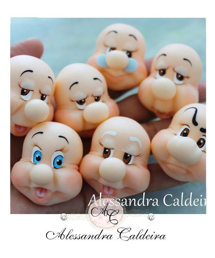 Ateliê Alessandra Caldeira Modelagem em Biscuit: Turma de Branca de Neve 7 anões....                                                                                                                                                      Mais