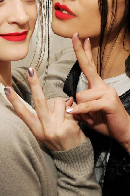 Metallic Nails & Matte Lipstick