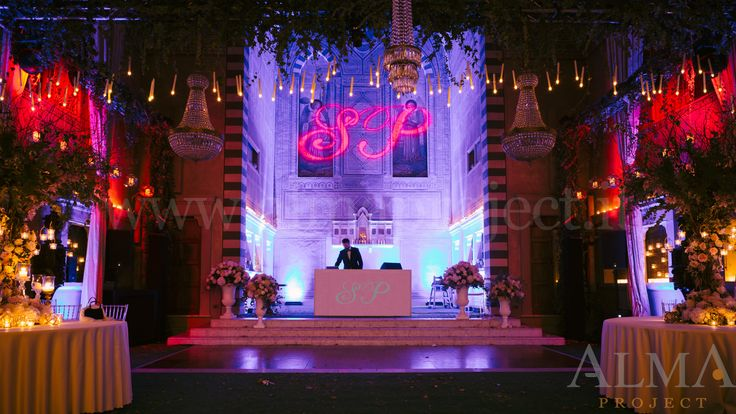 ALMA PROJECT @ Four Seasons Florence - Conventino - 160930 - Eva console initials - etc - moving heads - led bars blue pink