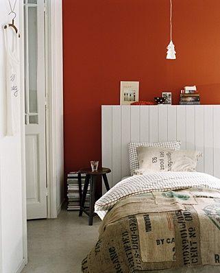 oranje muren slaapkamer