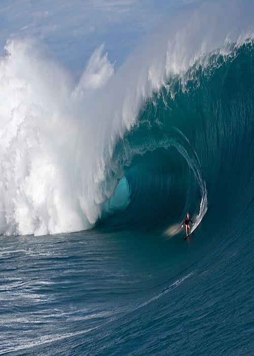 etherealvistas:  Mark Healey Surfing Teahupoo (Tahiti) by Fred Pompermayer