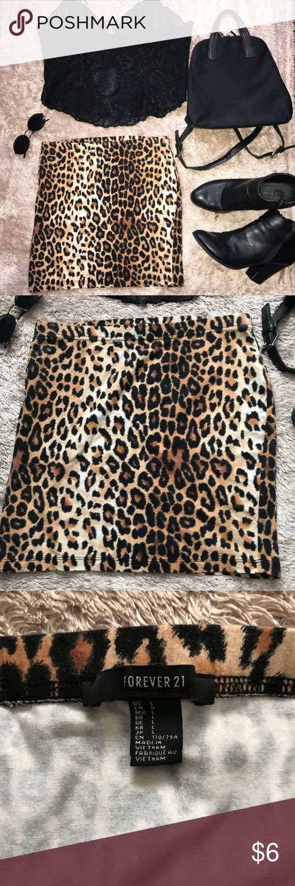 Animal Print Skirt Cute and trendy leopard skirt. No flaws.       #cheetah #cute #fall #fallfashion #outfit Forever 21 Skirts