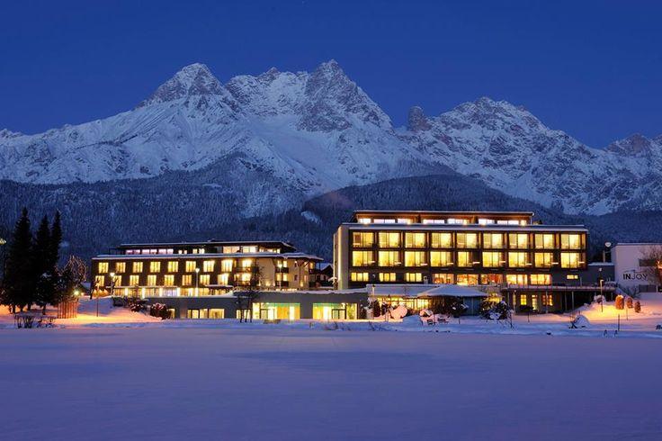 """Zauberhafte Winterzeit im Ritzenhof - Hotel & Spa am See.  Mit allen Facetten. """"Snow and Slow"""", das ist Winterauszeit mit Genuss. Skifahren, Langlaufen, Winterwandern oder Eislaufen. Und dann genießen im Spa. Dazu regionale Köstlichkeiten... -->goo.gl/2g0m0B  #leadingsparesorts #ritzenhof #salzburg #nature #mountains #view #hotel #travel #wellness #spa #lake #winter #booking #vacation"""