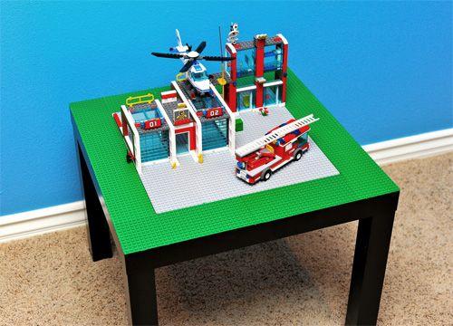 Ikea hack: LEGO play table: Ikea Lack, Side Tables, Idea, Diy Lego, Training Tables, Lego Tables, Ikea Hacks, End Tables, Kid