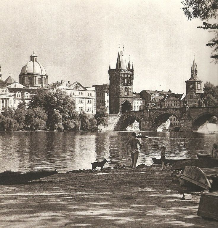 "Best pieces from Karel Plicka's ""We live in Prague"" 60's, vol 3"