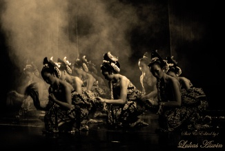 Bedhoyo Kusuma Handrawina Dance