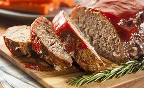 Классический рецепт мясного рулета или говоря по-английски Meatloaf:Фарш  — 800 г Лук репчатый — 1 шт. Перец болгарский зеленый — 1 шт. Морковь — 1 шт. Чеснок — 1-2 зубчика Кумин — 1 ч л Кориандр — 1 ч л Орегано сушеный — 2 ч л Горчица дижонская зернистая — 2 ч л Вустерский соус — 2 ч л Сухари панировочные — 100 г Крупная соль Черный перец молотый Яйцо куриное — 1 шт. Сыр Чеддер — 150 г Соус барбекю — 100 мл Кетчуп — 50 мл Соус табаско Перец чили молотый