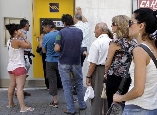 STEFANOS RAPANIS / REUTERS