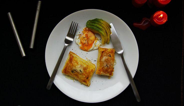 Gorgonzola puff pastry