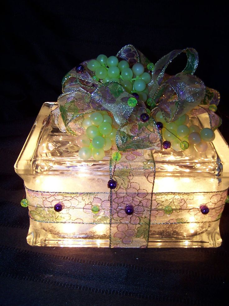 87 best images about crafts christmas on pinterest for Glass block crafts pictures