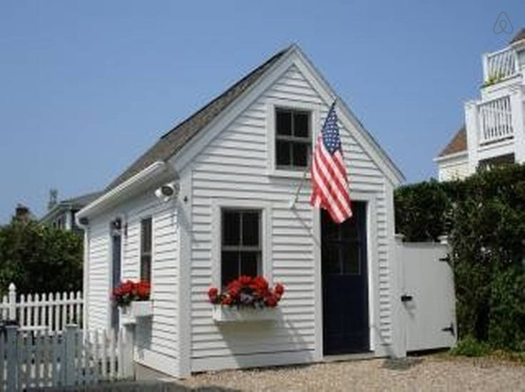 Cottage in heart of provincetown in provincetown tiny