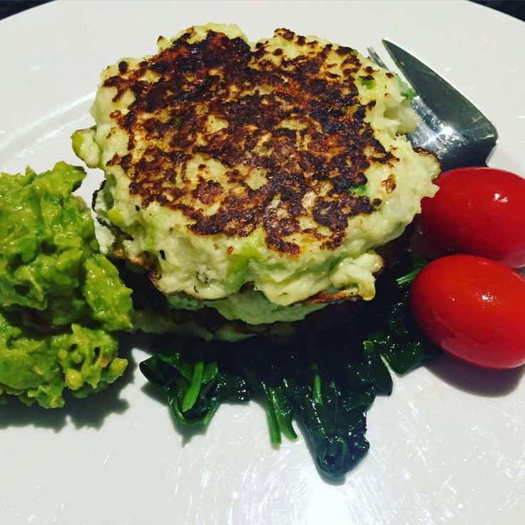 Guest Recipe: Kerry's Low carb jalapeño & cheese cauliflower fritters - skinnymixers