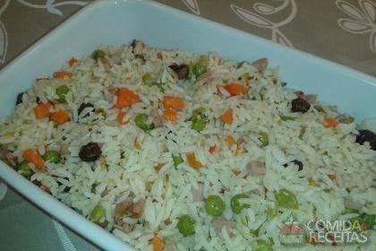 Receita de Arroz à grega de Natal em receitas de arroz, veja essa e outras receitas aqui!