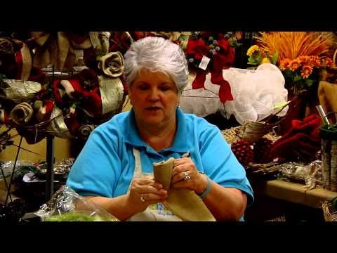 Donna's Tips: Beauty of Burlap - long video but she has so many techniques for working with organic materials for making holiday decor.