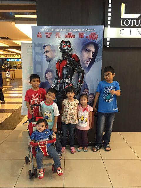 """SUARA DARI TELAPAK KAKI COMEL: Azriel first Movie dan Movie Review """"AntMan"""""""