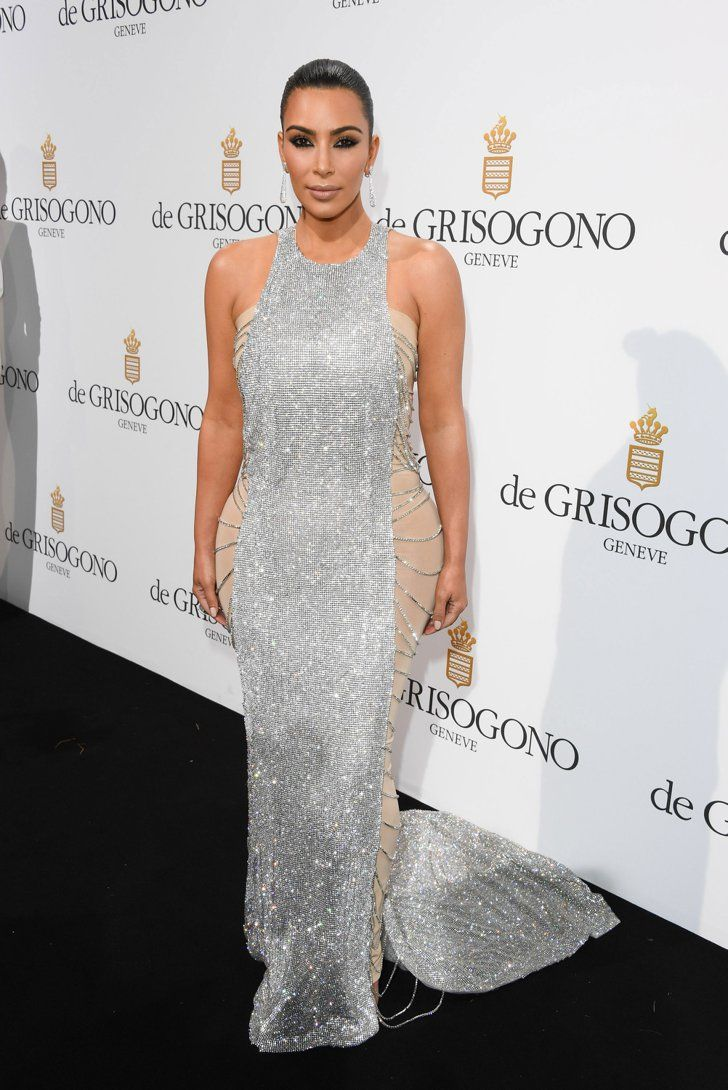 Download carmen villalobos wallpapers to your cell phone carmen - Kim Kardashian S Latest Cannes Look Comes With A Pretty Genius Styling Hack
