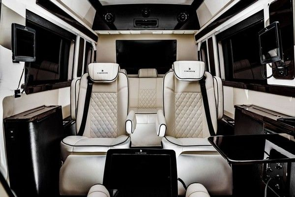 Mercedes benz sprinter 2500 crew luxury van jet van for Luxury mercedes benz sprinter