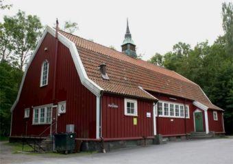 Ordenshuset, Jonsered, ca 2400 kr/dygn (gäller fredag-söndag), borde finnas utrustat kök.