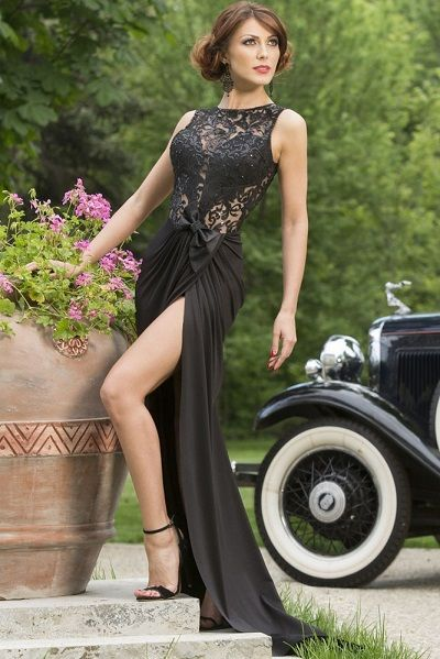 Black Embroidered Bow Waist Maxi Evening Dress