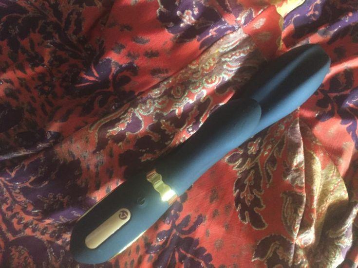 Nomi Tang Wild Rabbit: the vibrator we all needed! – Juicy Room