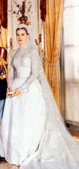 Wedding Design Trends The Flirty Fifties D E A R L Y B O V Pinterest Grace Kelly Prince Rainier And Dress