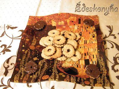 Az én édes konyhám: Vaníliás karika - keksznyomóval is készíthető recept