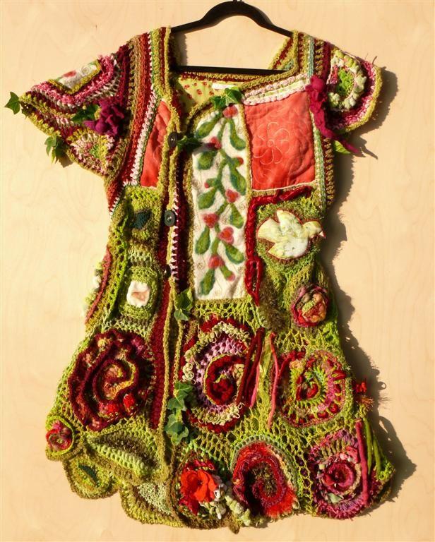 lang vest mixed media textiel/ rode bloemen met quilt