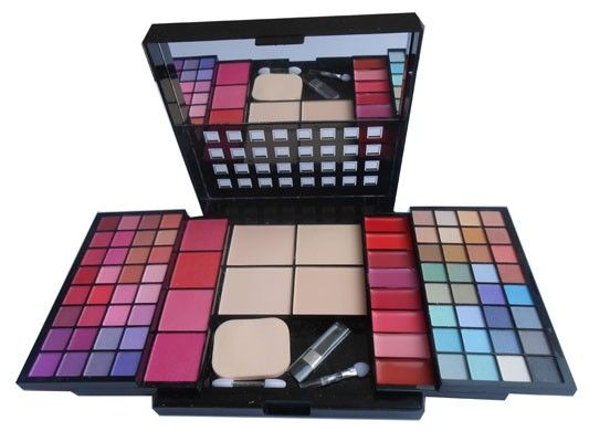 ADS+Magic+Makeup+Kit+WIth+48+Color+Eyeshadow,Lip+Gloss,+Compact+Blusher-+A3962+Price+₹906.50