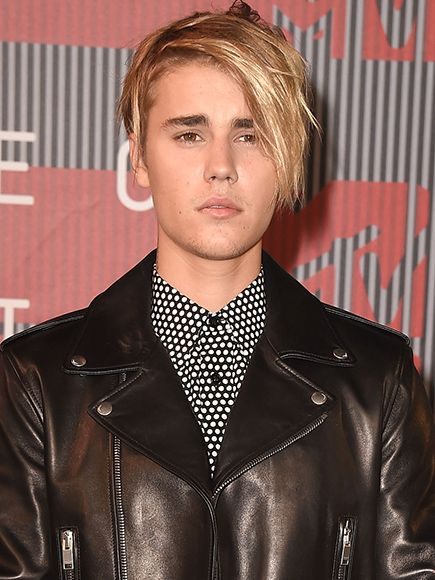 Justin Bieber Addresses Those Nude Photos: 'That Was Shrinkage for Me' http://www.people.com/article/justin-bieber-addresses-nude-photos